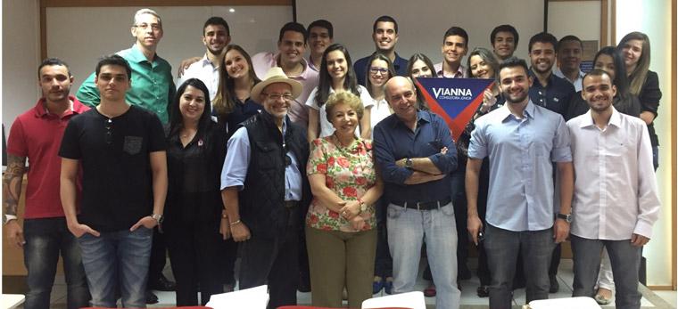 Vianna Consultoria Jr reformula site da Associação de Cegos