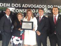 Direito Vianna Júnior 5 vezes OAB Recomenda