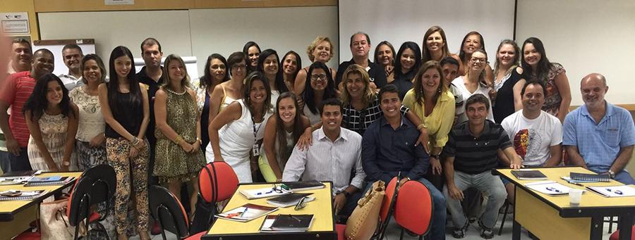"""Treinamento """"O Líder em Mim"""" no Colégio Vianna Júnior"""