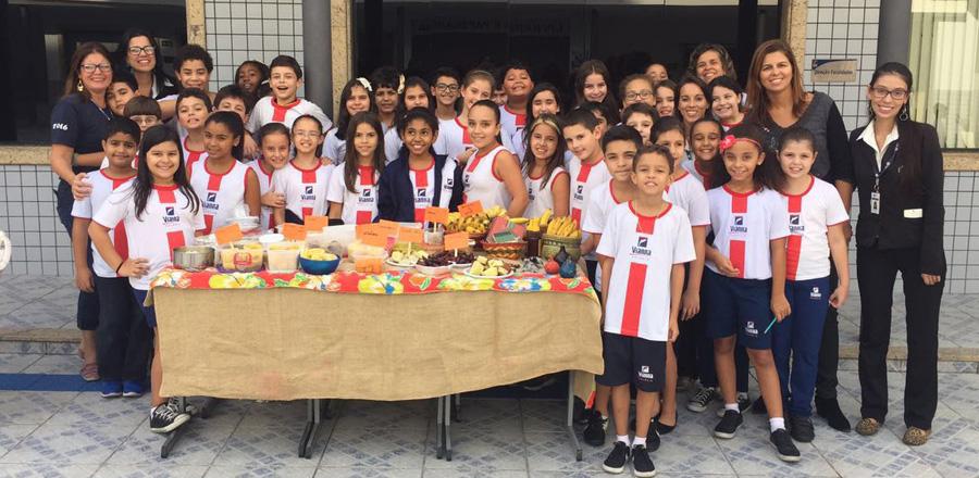 Alunos do Colégio Vianna Júnior estudam Aldeia Sapukay