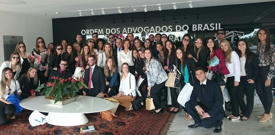 Direito Itinerante leva alunos do curso de Direito do Vianna Júnior à Brasília