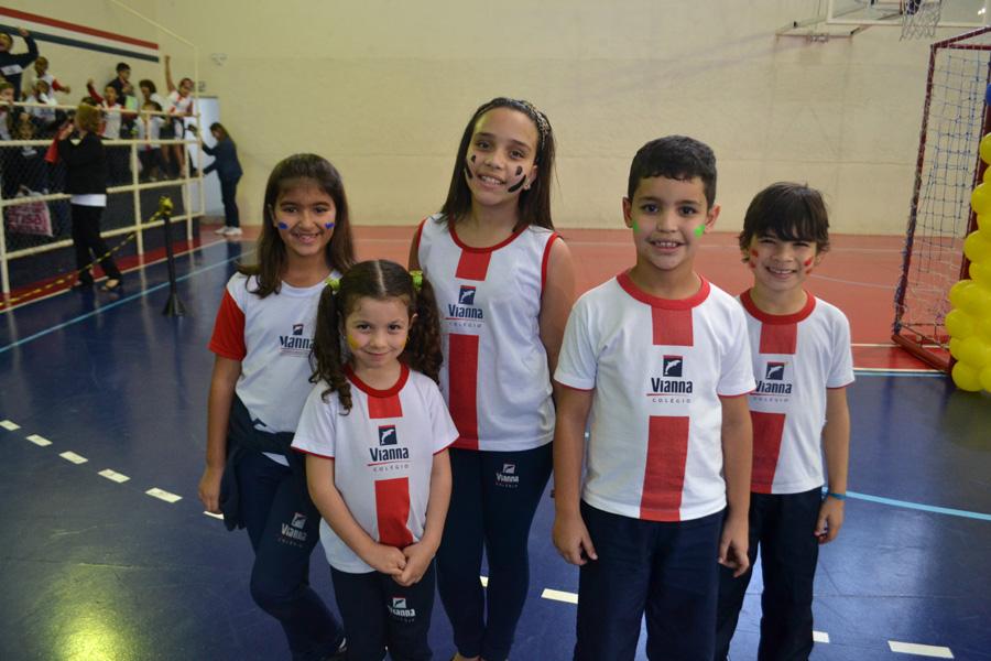 Colégio Vianna Júnior promove 1ª Gincana Olímpica