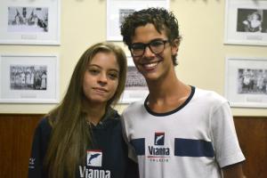 Pedro e Isabela, estudantes do Vianna Júnior