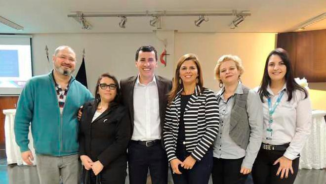 Equipe pedagógica do Colégio Vianna Júnior participa de Encontro Conexão Bernoulli