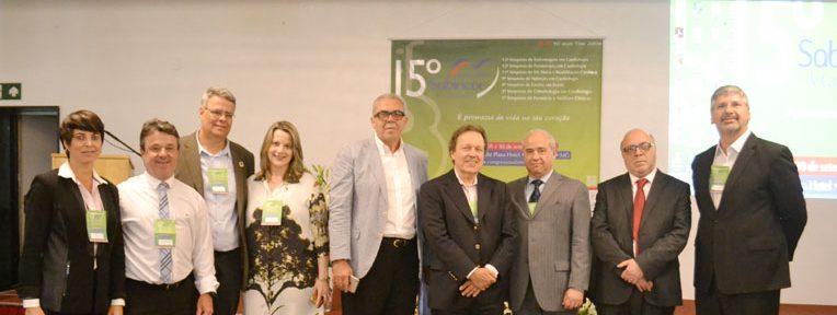 Equipe do MBA FGV Conveniada Vianna Júnior e diretoria Sabicon