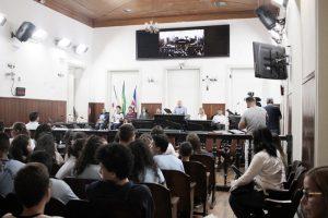COLÉGIO VIANNA PARTICIPA DE CERIMÔNIA NA CÂMARA